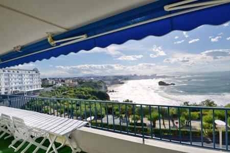 Property for sale in Aquitaine. Charming apartment in Biarritz, France