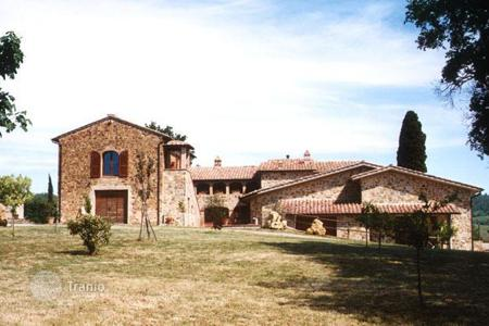Land for sale in Tuscany. Vineyard - Montalcino, Tuscany, Italy