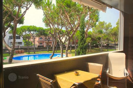 Apartments with pools for sale in Catalonia. Apartment - Gava, Catalonia, Spain