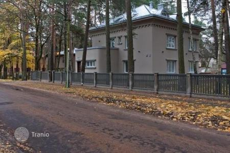 Luxury property for sale in Latvia. Exclusive three-storey mansion in Riga