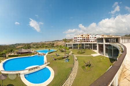 1 bedroom apartments by the sea for sale in Costa del Sol. Apartment – Benahavis, Andalusia, Spain