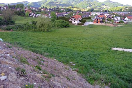 Development land for sale in Slovenia. The Building plot size is 1655 m². It is located in a new settlement of modern houses near the centre of Rogaška Slatina