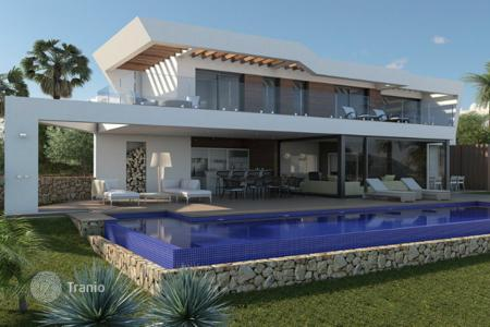 Luxury residential for sale in Moraira. New build villas of 5 bedrooms in Moraira