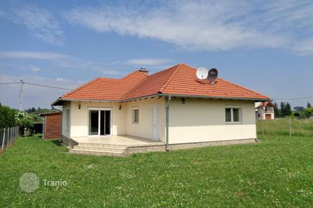Property for sale in Somogy. Townhome - Balatonberény, Somogy, Hungary