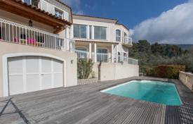 5 bedroom houses for sale in Provence - Alpes - Cote d'Azur. Sunny villa with panoramic terraces, a pool and a parking, 20 minutes from Nice, Tourrette-Levens, France