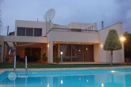 4 bedroom houses for sale in Limassol. Villa - Agios Athanasios, Limassol, Cyprus