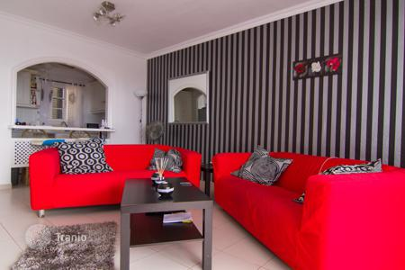 Property for sale in Canary Islands. Apartment in a quiet residential area in Adeje