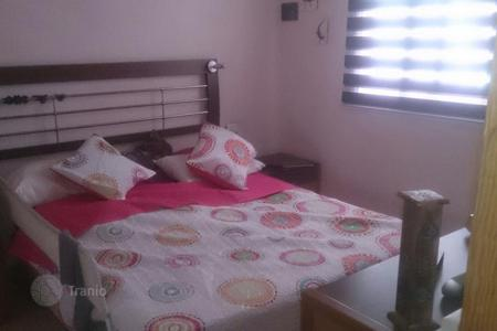 Cheap 2 bedroom apartments for sale in Canary Islands. Nice Flat in El Tablero