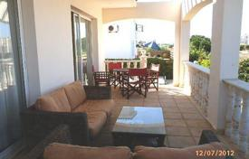 3 bedroom houses for sale in Paphos. 3 Bedroom Villa — 2 Minutes to Beach, Sea Views — Chlorkaas