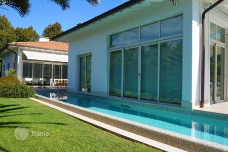 Villas and houses to rent in Tuscany. Villa – Marina di Pietrasanta, Tuscany, Italy