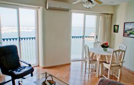 Penthouses for sale in Alicante. Furnished apartment with a parking, on the first line from the sea, Torrevieja, Spain