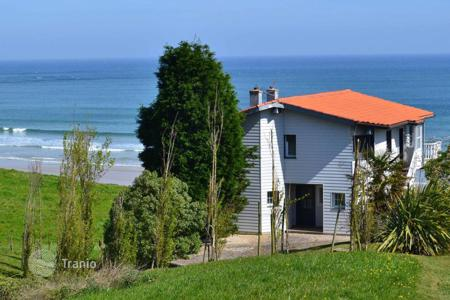 4 bedroom houses for sale in Basque Country. Cosy chalet at the beach, Bilbao, Spain