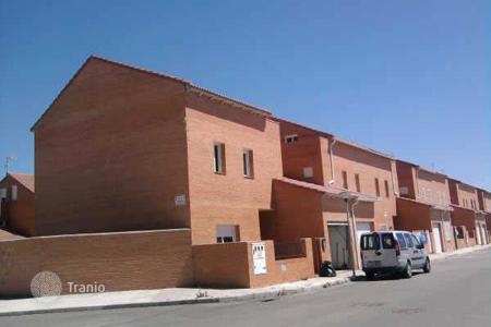 Foreclosed 4 bedroom apartments for sale in Toledo. Apartment – Toledo, Castille La Mancha, Spain