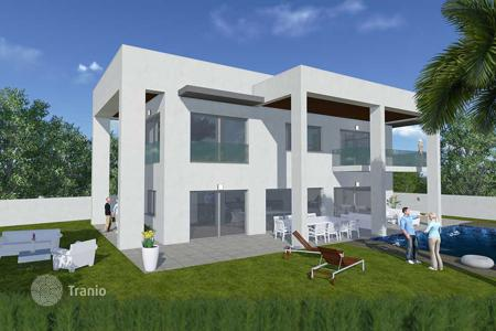 Luxury property for sale in Costa Blanca. Luxury villa 100 meters from the beach in La Zenia