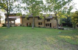 Property for sale in Emilia-Romagna. Charmingly STONE FARMHOUSE in CASTELL'ARQUATO