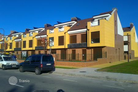 Townhouses for sale in Northern Spain. Terraced house – Gijón, Asturias, Spain