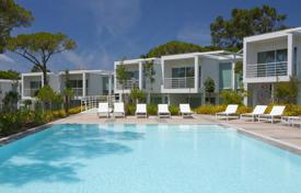 Townhouses for sale in Lisbon. Modern townhouse in the exclusive area of Quinta da Marinha, Cascais