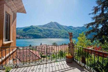 Property for sale in Moltrasio. House with private garden, garage, workshop and a beautiful view of Lake Como in Moltrasio, Lombardy, Italy