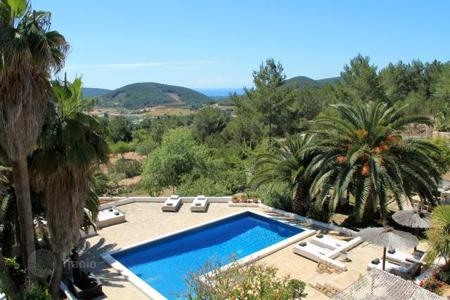 Houses with pools for sale in Sant Josep de sa Talaia. Villa – Sant Josep de sa Talaia, Ibiza, Balearic Islands,  Spain