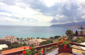 Coastal penthouses for sale in Liguria. Penthouse – Sanremo, Liguria, Italy