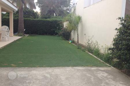 Residential for sale in Egkomi. 4 bed detached house in Engomi