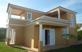 Houses with pools for sale in Faro. Villa – Lagoa, Faro, Portugal
