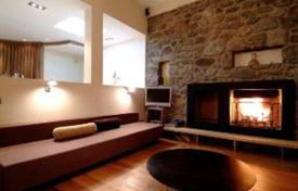 Residential to rent in Chamonix. A comfortable chalet with 5 bedrooms, a large living room with a fireplace, a kitchen and a sauna, Chamonix, France
