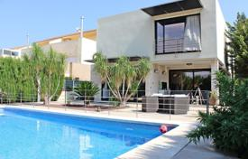 3 bedroom houses for sale in Gandia. Villa – Gandia, Valencia, Spain