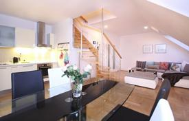 Spacious duplex with a balcony and a roof terrace, with panoramic city views, Prague 3, Czech Republic for 390,000 €