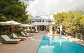 3 bedroom houses by the sea for sale in Balearic Islands. First-class villa overlooking the sea and the pine forest, 300 meters from Cala Jondal beach, Ibiza, Spain