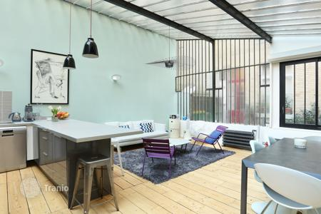 Luxury 5 bedroom apartments for sale in France. Paris 5th Disrict – A near 200 m² 5-bed apartment