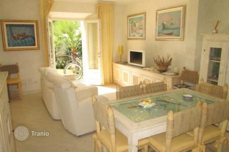 3 bedroom apartments for sale in Lucca. Apartment – Forte dei Marmi, Tuscany, Italy