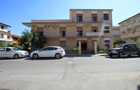 Coastal residential for sale in Sicily. Three-level detached house with a garage, garden, terrace and balcony, 750 meters from the beach, Oliveri, Sicily, Italy