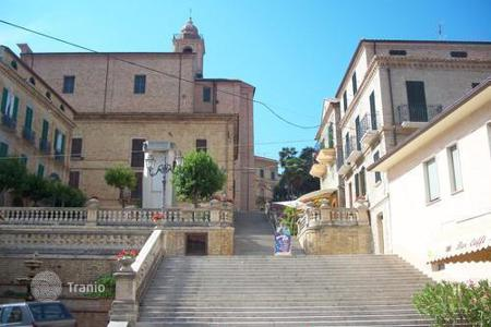 Residential for sale in Colonnella. Wonderful apartment in the historic center of Colonnella, Italy