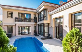 Property for sale in Costa del Sol. Comfortable villa with a terrace, a pool and sea views in an elite residence, near the beach, Marbella, Costa del Sol, Spain