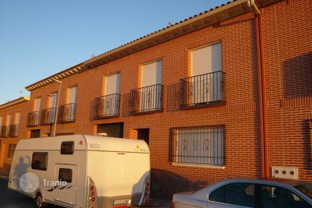 4 bedroom houses for sale in Castille La Mancha. Villa - Novés, Castille La Mancha, Spain
