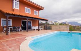 4 bedroom houses for sale in Tenerife. Villa – Fañabé, Canary Islands, Spain