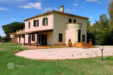 Residential for sale in Orbetello. Villa – Orbetello, Tuscany, Italy