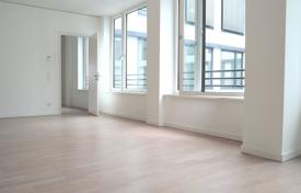 Luxury 2 bedroom apartments for sale in Central Europe. Spacious apartment with two balconies, in a modern residential complex with concierge, Mitte, Berlin