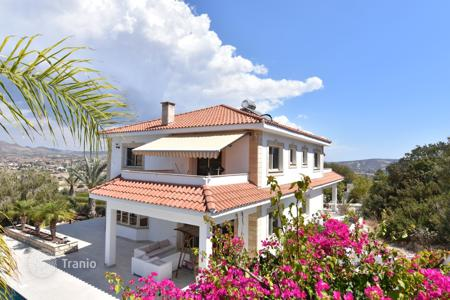 Luxury houses with pools for sale in Pyrgos. Villa – Pyrgos, Limassol, Cyprus