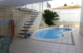 Residential for sale in Sant Pol de Mar. Terraced house – Sant Pol de Mar, Catalonia, Spain