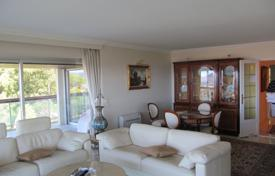 Apartments for sale in Le Cannet. Comfortable two-bedroom apartment, in a quiet area, Le Cannet, France