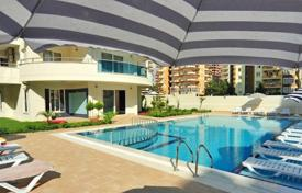 Cheap apartments with pools for sale overseas. Urgent sale! Fully furnished apartment with a balcony. The complex with developed infrastructure, only 200 m from the sea. Alanya, Turkey