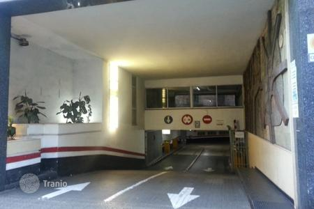 Car parks for sale in Catalonia. Parking in the center of Barcelona with 12,8% yield