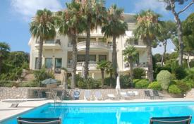 Luxury residential for sale in Roquebrune — Cap Martin. Duplex apartment in a rebuilt Belle Epoque residence, Roquebrune-Cap-Martin, France