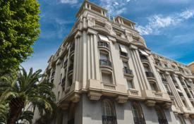 Coastal apartments for sale in Nice. ART DECO — Nice bourgeois golden area