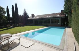 Property for sale in Madrid. Villa with a swimming pool, a garden and a gym, Pozuelo de Alarcon, Spain