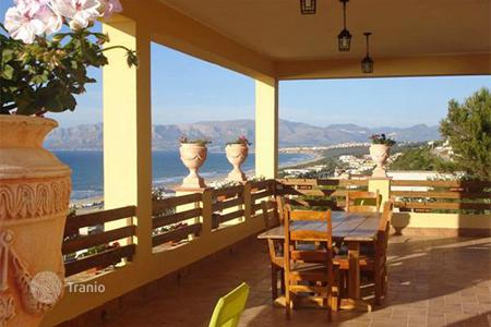 Coastal houses for sale in Sicily. Villa transformed into a holiday home for sale in Sicily