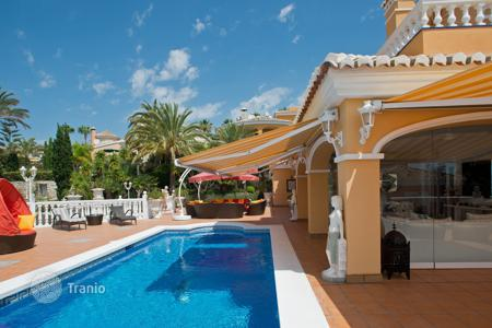Luxury property for sale in Mijas. Villa for sale in Torrenueva, Mijas Costa