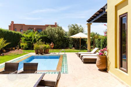Property to rent in Morocco. Detached house – Marrakesh, Marrakech-Tensift-El Haouz, Morocco